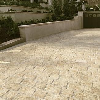 Natural Stone -Cobble & Cladding